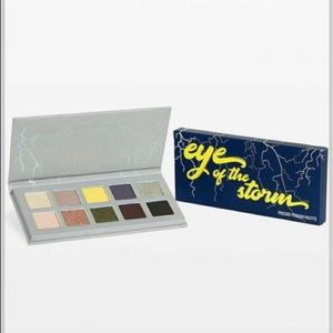 Kylie Cosmetics 'Eye of the Storm' Palette
